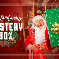 "Landyachtz ""Mystery Box"" Holiday Promo"
