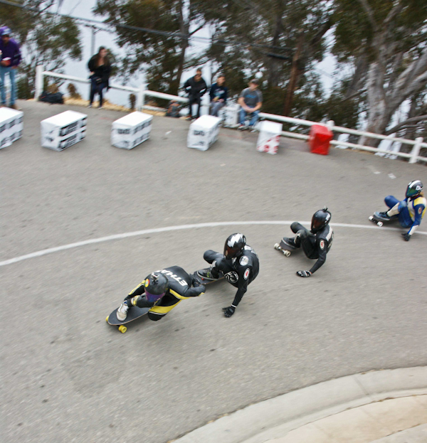 And they're off! Ethan Lau out front! Photo: Ruano.