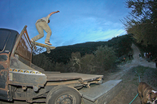 Forrest, taildrop to flatbed to dirt hillbomber. Photo: Bandy.