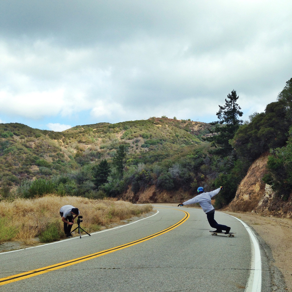 The-Longbeard-Bustin-x-Wheelbase-Magazine-Downhill-Skateboarding-with-Shammar