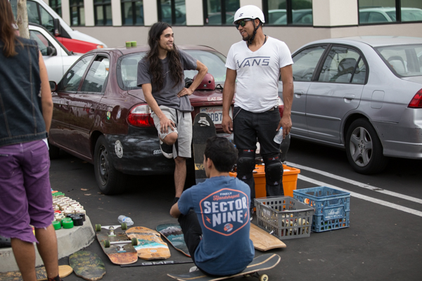Sketchy Lui chilling with the Swap-Meet setup.  Photo: Grove