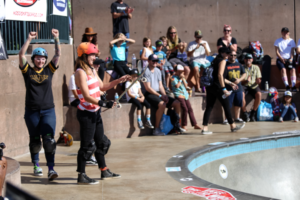 Hyped on Kendra Sebelius droping in poods for the first time, the crowd goes wild. Photo: Grove