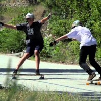 Video: Sk8Trip Into Liquid – Riding Giants (Head)